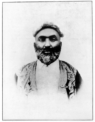Peera Dewjee Photo.png